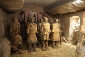 Wśród żołnierzy terakotowej armii chińskiej